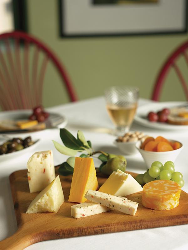 usdec_cheese_aocheeseboard_quesos-mesa